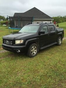 2008 Honda Ridgeline, loaded with all options