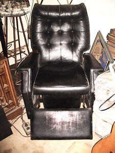 Leather Lay Z Boy chair
