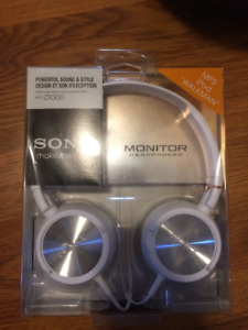 """Sony Wired Headphones """"MDR-ZX300"""""""