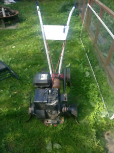 Birggs and Stratton 3.5hp tiller