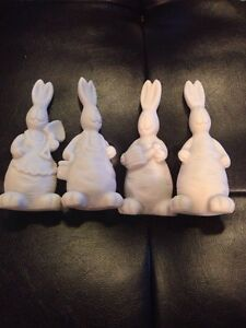 The Artist's Club - Small carrot bunnies - set of 4