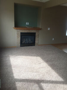 Beautiful Town House Condo in Oriel Park