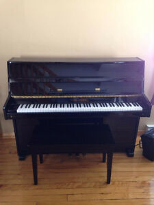 Piano droit Young Chang 1000$