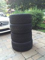 4 pneus hiver 235/45R17
