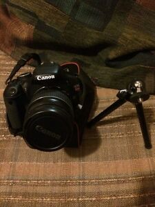 Mint Canon T3i with Lens and tripod