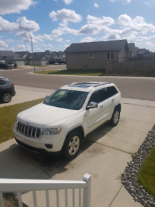 2011 Jeep Grand Cherokee Limited edition