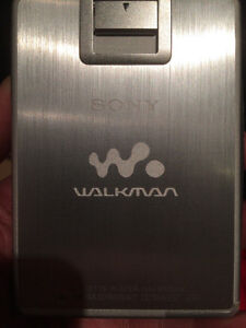 One of the last great Walkmans - Sony WM-EX2000! Kitchener / Waterloo Kitchener Area image 8
