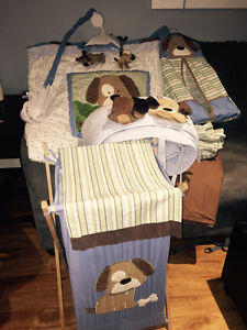 Puppy dog crib set