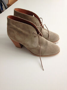 Madewell boots, size 9 BRAND NEW