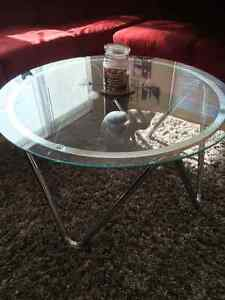 **BEAUTIFUL GLASS & CHROME TABLE**