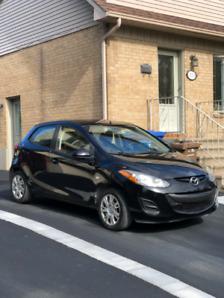 A vendre 2013, Mazda 2.    Négociable!