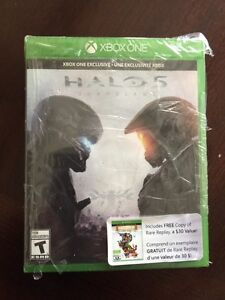 HALO 5 GUARDIANS.   Comes with rare play $30 value Peterborough Peterborough Area image 1