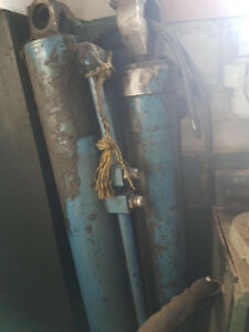 Hydraulic Cylinders for Roll Off Truck