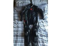 DAINESE AVRO 1 PIECE LEATHER SUIT - VGC!