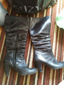 Black Under knee Leather boots