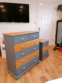 Pine drawers and matching side table