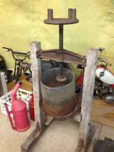 1800s Apple Press - Juice press - antique