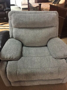 FABRIC RECLINER SET ON A HUGE SALE
