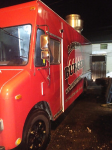 Mobile Food Truck for Sale