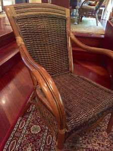 Beautiful classic wicker loveseat and chair Gatineau Ottawa / Gatineau Area image 2