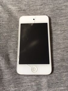 4th Generation White iPod Touch 8GB