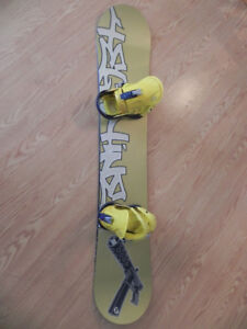 153cm-Technine Limited edition snowboard with bindings