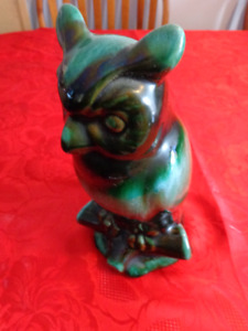 """VINTAGE Blue Mountain Pottery Owl:   9.5"""" Tall      Only $8.00!"""