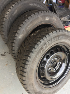 Tires Winter Pike RS Hankook with rims.