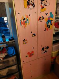 Wardrobe / 3 drawers pink