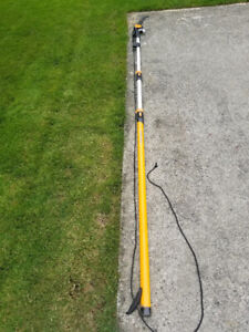 Tree Pruner; extendable to 16'