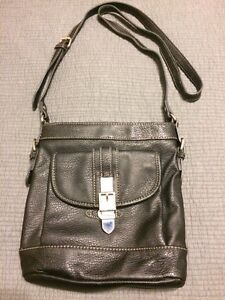 CHAPS leather cross body bag