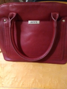 New ROOTS bag. Red.