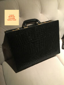 Porte-documents/Briefcase, starting at $50