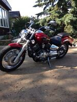 2009 Yamaha v star 1100 low km!!