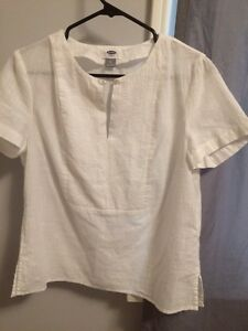 Blouse Short Sleeve ~ Old Navy White Belleville Belleville Area image 1