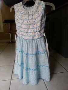 4 brand new dresses Belleville Belleville Area image 4
