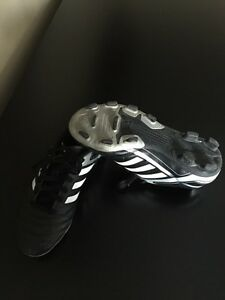 size 2 Adidas soccer cleats Kitchener / Waterloo Kitchener Area image 1