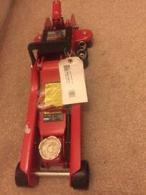 Clarke trolley jack 2.5 tonnes