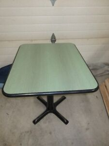Vintage Green Woodgrain Laminate Pedestal Table