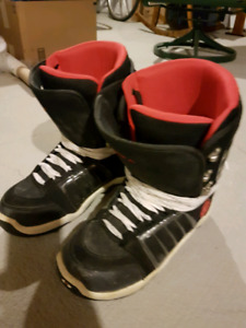 Evolution Type R snow board boots (size 11)