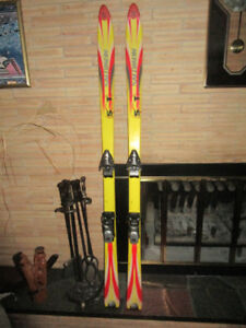 Solomon Downhill Skis with Look Bindings - 170cm