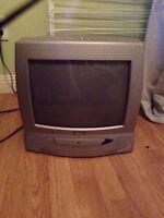 Tv / DVD player