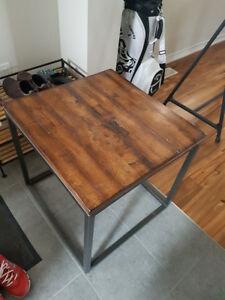 DeBoer's wooden tables
