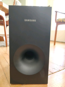 Samsung Soundbar and Subwoofer