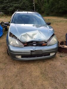 2004 Ford Focus ZTW (part it out or repair it)