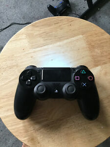 PS4 WITH EXTRA CONTROLLER AND 3 GAMES INCLUDED Kingston Kingston Area image 4