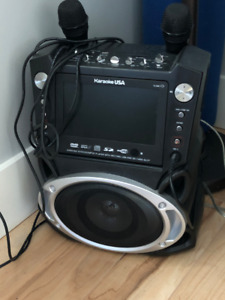 Karaoke System with 7-Inch TFT Color Screen & 4 CD's
