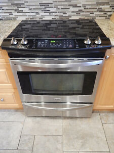 Kenmore Slide in Stove, Self Cleaning, Convection Oven
