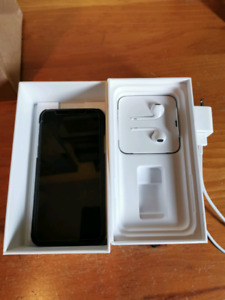64 GB Space Grey iPhone XS with extended Applecare