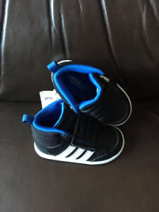Brand New Boys Addidas NEO Infant Hoops CMF Shoes